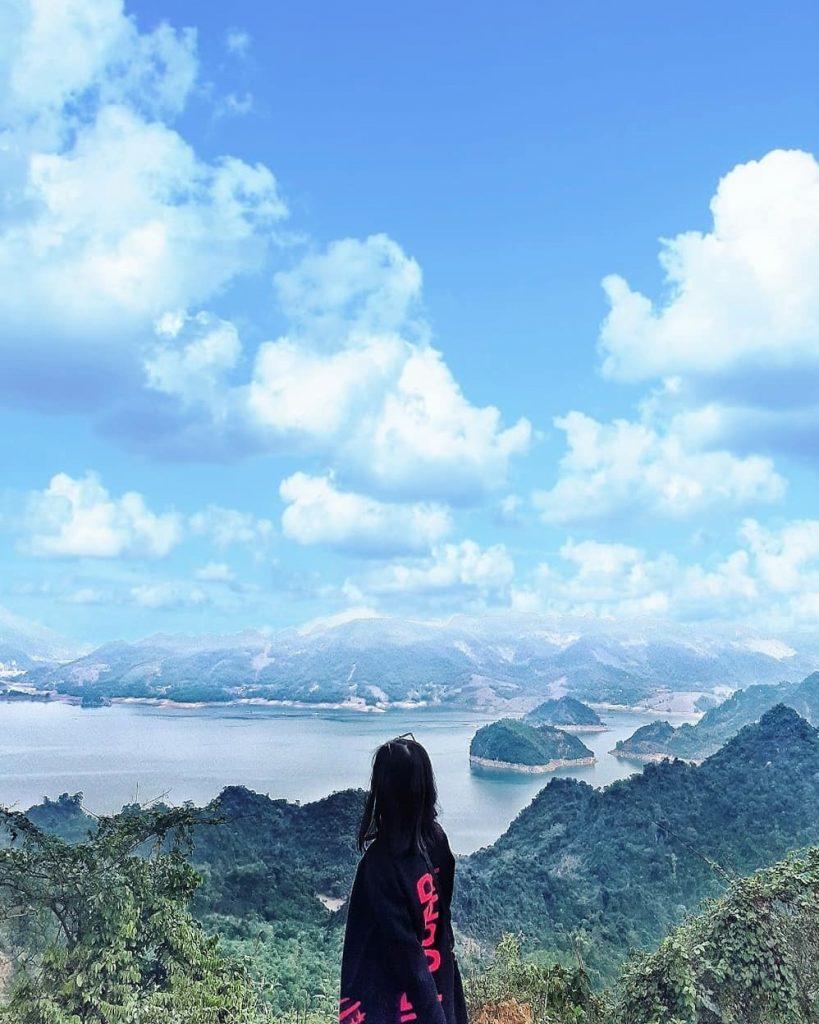 """Chiêm ngưỡng vẻ đẹp của Ba Khan - """"Vịnh Hạ Long trên núi"""""""